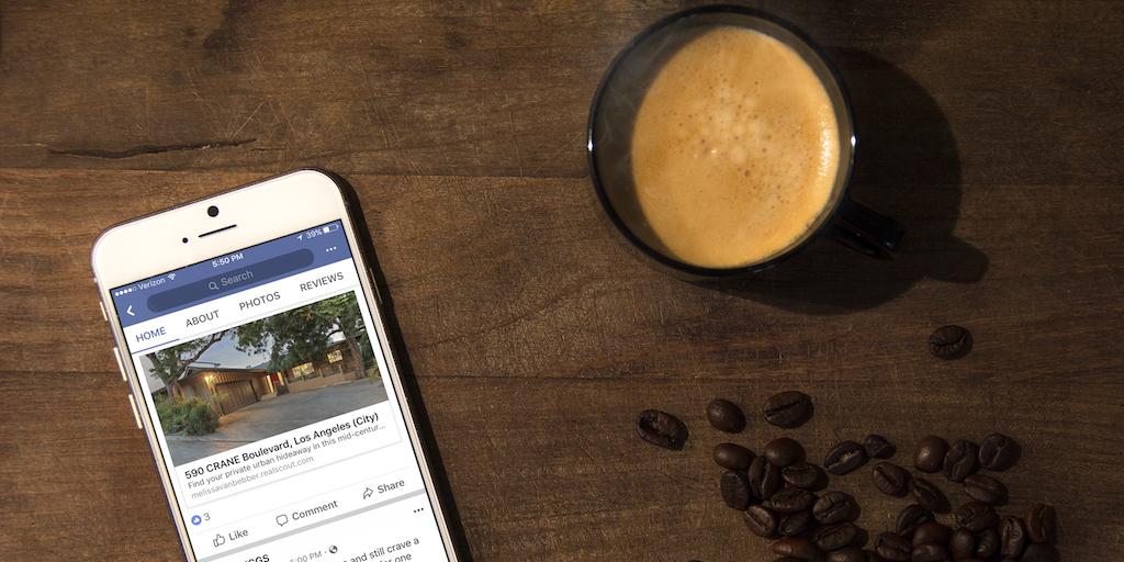 iphone displaying Facebook