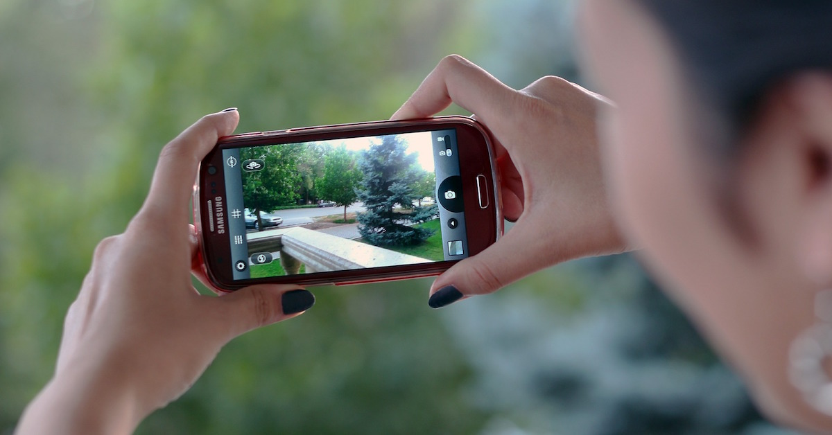 recording-video-on-phone.jpg