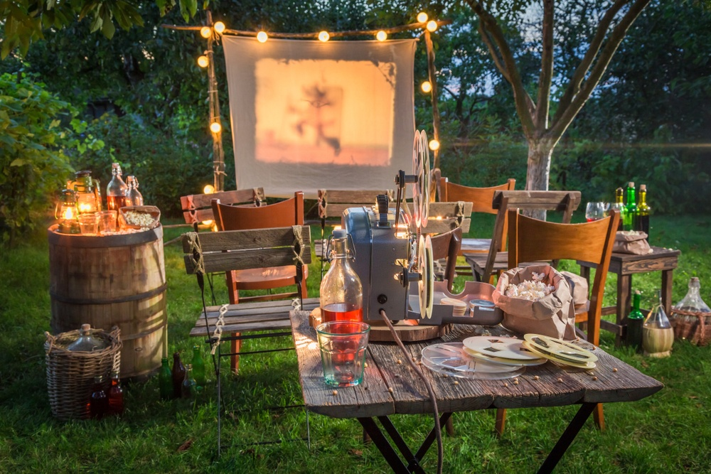 outdoor movie night blog
